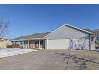 1500 Hillcrest Hts, Green Bay, WI 54313 (#50158023) :: Todd Wiese Homeselling System, Inc.