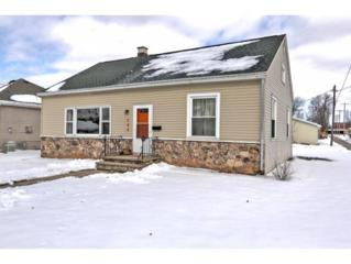 208 E 2ND ST, Kimberly, WI 54136 (#50158670) :: Dallaire Realty