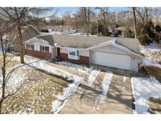 1293 Blue Ridge Dr, Green Bay, WI 54304 (#50159308) :: Dallaire Realty