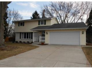 1289 Ponderosa Ave, Green Bay, WI 54313 (#50159616) :: Dallaire Realty