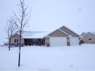 651 Arnie, Combined Locks, WI 54113 (#50158537) :: Dallaire Realty