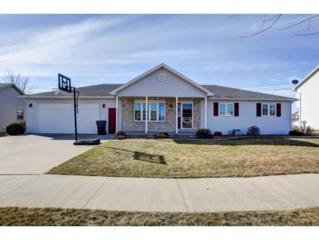 1023 Manor Pl, Little Chute, WI 54140 (#50159618) :: Dallaire Realty