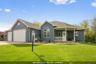 110 Ombre Rose, Combined Locks, WI 54113 (#50163948) :: Dallaire Realty
