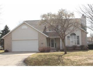 N1472 Wildwood Dr, Greenville, WI 54942 (#50159585) :: Dallaire Realty