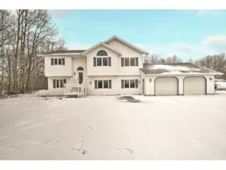 2469 Lakeview Dr, Green Bay, WI 54173 (#50159197) :: Dallaire Realty