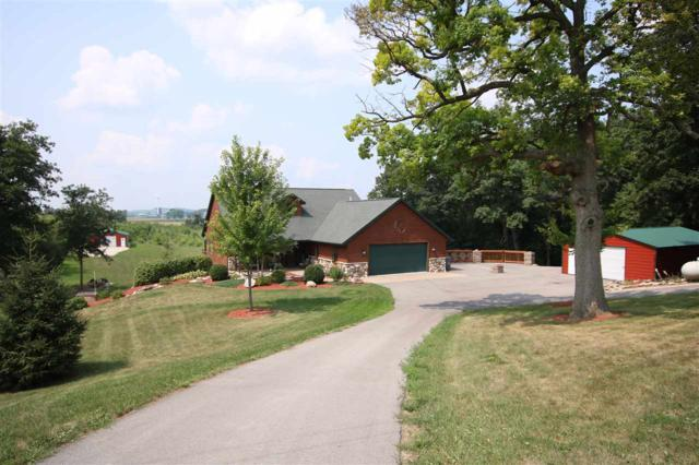 N4592 Northview Road, Eden, WI 53019 (#50187689) :: Todd Wiese Homeselling System, Inc.