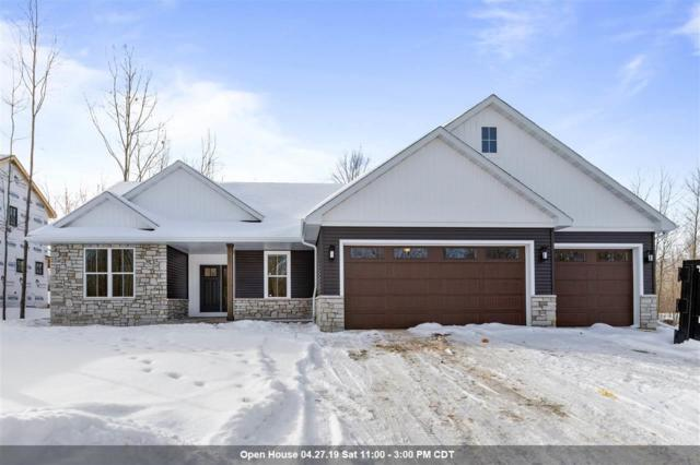 627 Ruys Woods Court, Combined Locks, WI 54113 (#50198576) :: Dallaire Realty