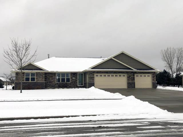 1518 Red Maple Road, De Pere, WI 54115 (#50214650) :: Todd Wiese Homeselling System, Inc.