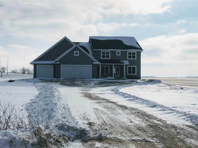 W9833 Cloverleaf Road, Hortonville, WI 54944 (#50229987) :: Todd Wiese Homeselling System, Inc.