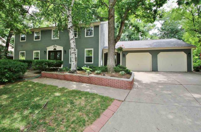 323 Windward Road, Green Bay, WI 54302 (#50188792) :: Dallaire Realty
