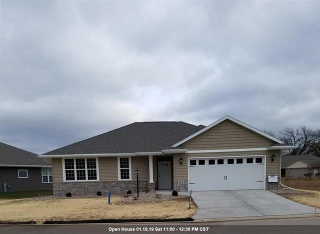 814 Mahogany Circle, De Pere, WI 54115 (#50190611) :: Todd Wiese Homeselling System, Inc.
