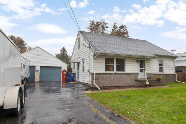 584 Irish Road, Neenah, WI 54956 (#50192658) :: Todd Wiese Homeselling System, Inc.