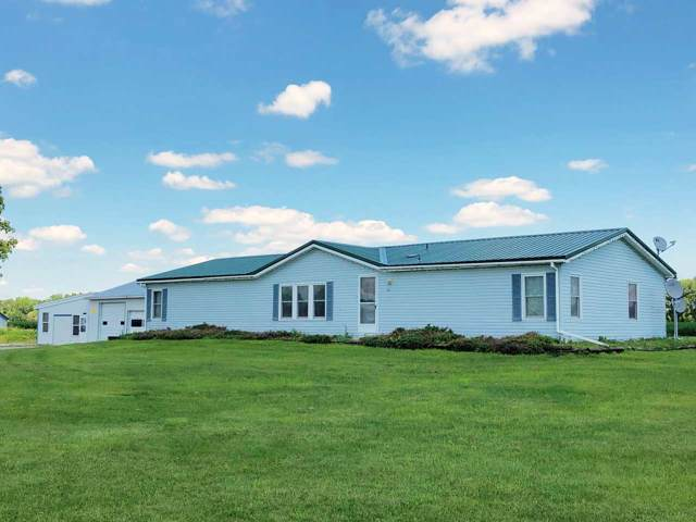7068 Angell Road, Oshkosh, WI 54904 (#50208134) :: Dallaire Realty