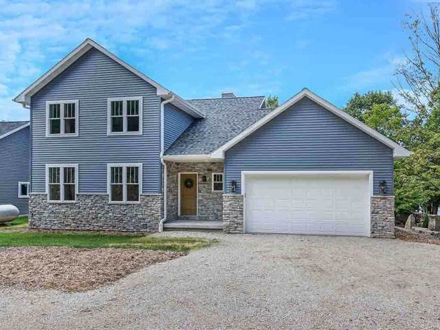 2837 Fox Lane, Brussels, WI 54204 (#50209829) :: Todd Wiese Homeselling System, Inc.