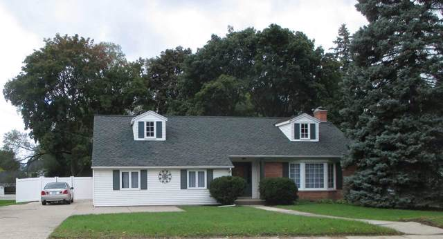 2540 S Webster Avenue, Green Bay, WI 54301 (#50211696) :: Todd Wiese Homeselling System, Inc.
