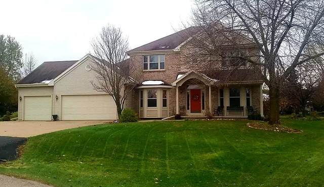 192 Moon Circle, Oshkosh, WI 54904 (#50214675) :: Todd Wiese Homeselling System, Inc.