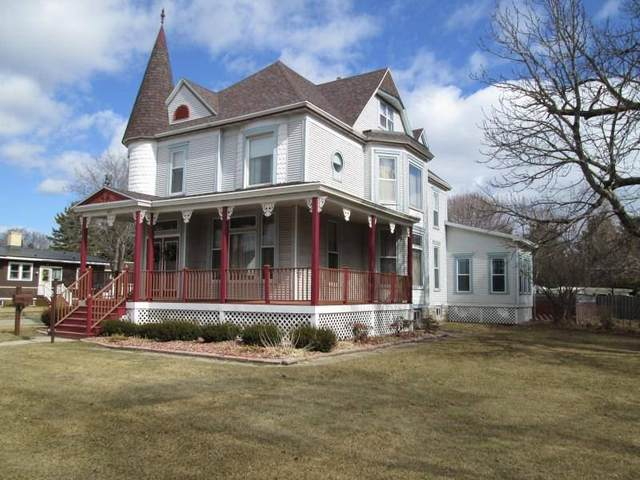 427 Main Street, Oconto, WI 54153 (#50216189) :: Dallaire Realty