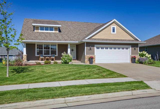 2873 Chrystella Drive, Menasha, WI 54902 (#50246134) :: Carolyn Stark Real Estate Team