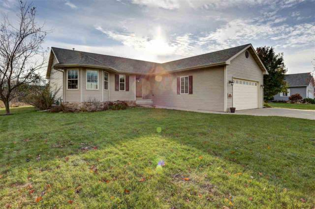 1258 Radcliff Road, Neenah, WI 54956 (#50174342) :: Todd Wiese Homeselling System, Inc.
