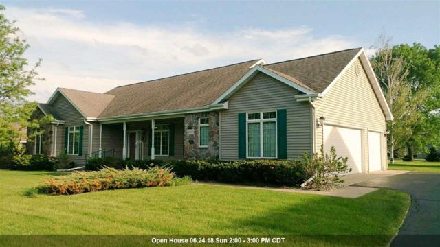 4431 Bellhaven Lane, Oshkosh, WI 54904 (#50179327) :: Dallaire Realty