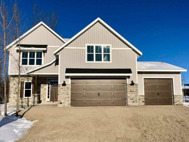 1309 Coneflower Court, Neenah, WI 54956 (#50193938) :: Dallaire Realty