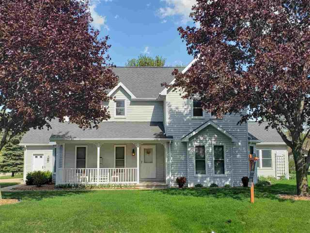 N9659 Shepherd Lane, Appleton, WI 54915 (#50198066) :: Todd Wiese Homeselling System, Inc.