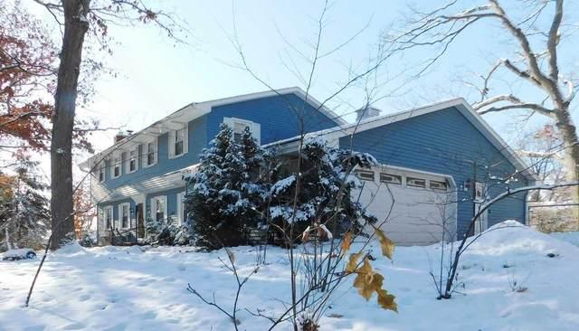 558 Pinehurst Avenue, Green Bay, WI 54302 (#50212044) :: Todd Wiese Homeselling System, Inc.