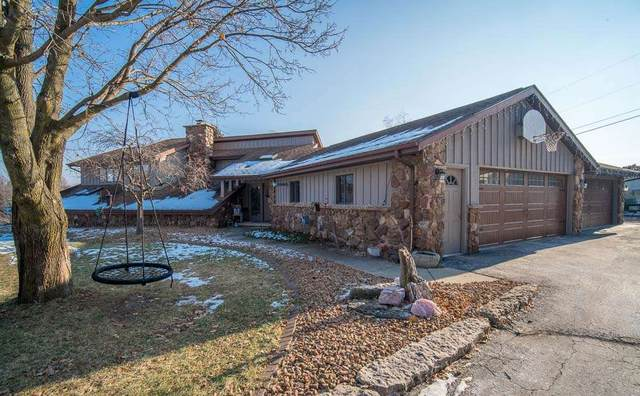 W4410 Empire Drive, Fond Du Lac, WI 54937 (#50215242) :: Todd Wiese Homeselling System, Inc.