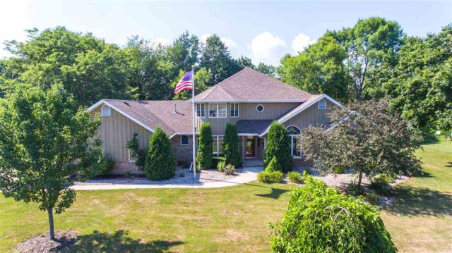 108 Brookview Place, Combined Locks, WI 54113 (#50189229) :: Dallaire Realty
