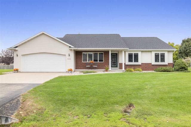 W2392 Hickory Park Drive, Appleton, WI 54915 (#50192601) :: Todd Wiese Homeselling System, Inc.