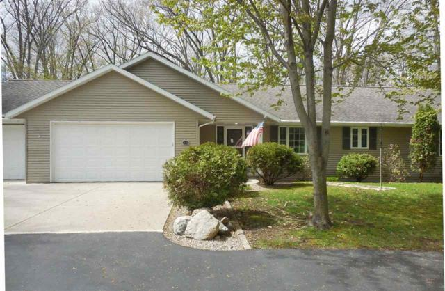 4311 Indian Trail, Green Bay, WI 54313 (#50200873) :: Symes Realty, LLC