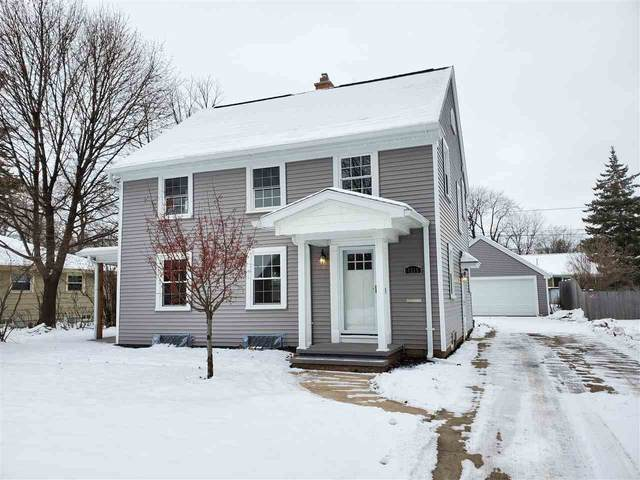 1315 S Alicia Drive, Appleton, WI 54914 (#50215124) :: Todd Wiese Homeselling System, Inc.