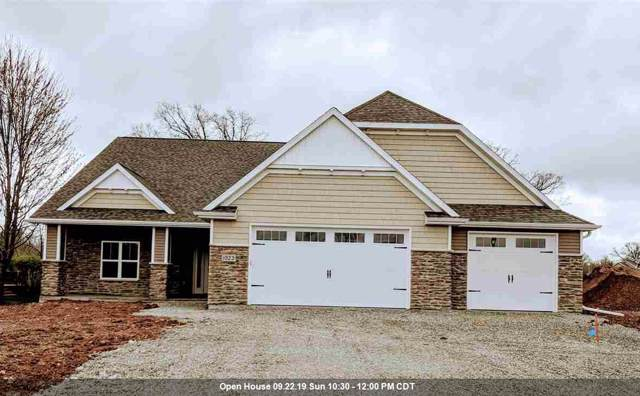 1923 Big Bend Drive, Neenah, WI 54956 (#50199609) :: Todd Wiese Homeselling System, Inc.