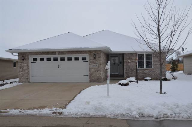 3816 Shore Crest Lane, Green Bay, WI 54311 (#50203253) :: Dallaire Realty