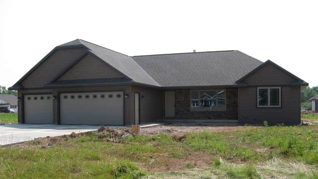 2211 Creeksedge Circle, De Pere, WI 54115 (#50206599) :: Todd Wiese Homeselling System, Inc.
