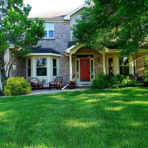 192 Moon Circle, Oshkosh, WI 54904 (#50214675) :: Todd Wiese Homeselling System, Inc.