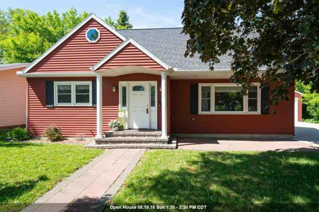 212 Wallace Street, Combined Locks, WI 54113 (#50181198) :: Dallaire Realty