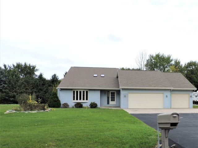 110 Schramm Way, Neenah, WI 54956 (#50189246) :: Todd Wiese Homeselling System, Inc.