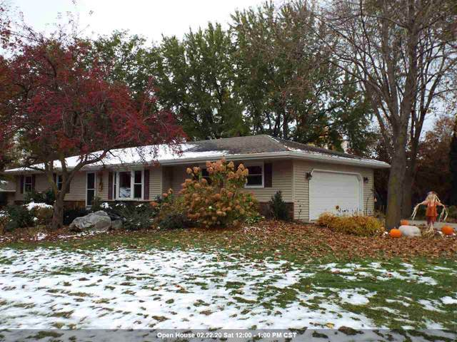 5779 St Ives Road, Oshkosh, WI 54904 (#50213549) :: Todd Wiese Homeselling System, Inc.