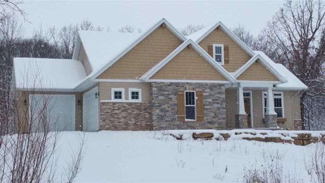 1821 Cottontail Drive, Oshkosh, WI 54904 (#50152262) :: Todd Wiese Homeselling System, Inc.