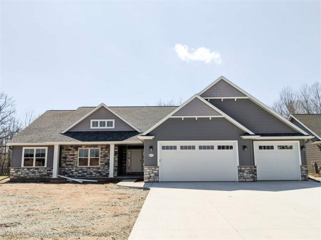 2033 Big Bend Drive, Neenah, WI 54956 (#50189389) :: Dallaire Realty