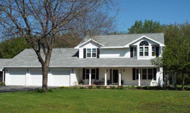 4222 Matuszak Court, Green Bay, WI 54313 (#50198868) :: Symes Realty, LLC