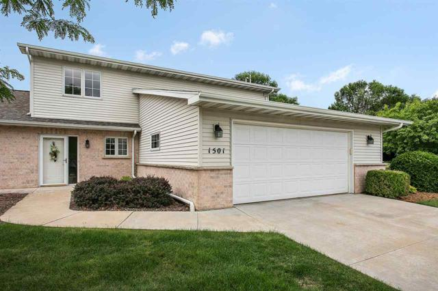 1501 River Pines Drive, Green Bay, WI 54313 (#50201492) :: Dallaire Realty