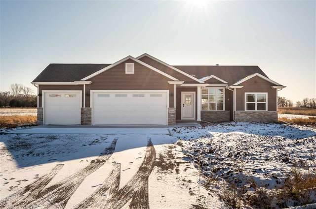 5331 Pasture Lane, Omro, WI 54963 (#50212709) :: Todd Wiese Homeselling System, Inc.