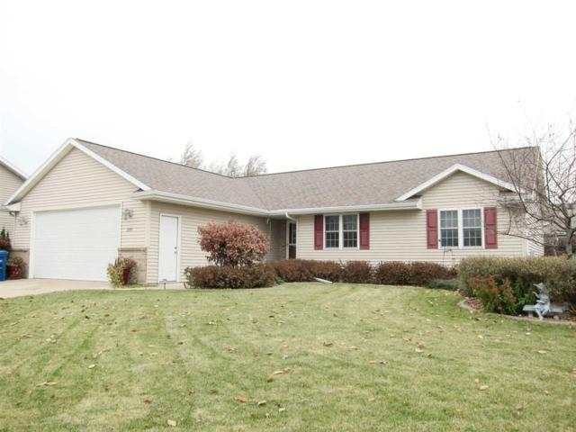 2286 Meadow Flower Court, Neenah, WI 54956 (#50174764) :: Dallaire Realty