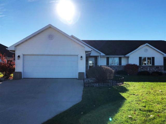 1194 Spring Lake Drive, De Pere, WI 54115 (#50194339) :: Todd Wiese Homeselling System, Inc.