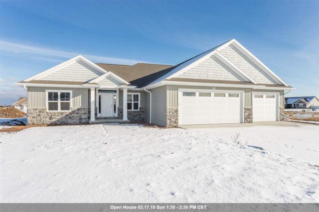 1120 Applewood Drive, De Pere, WI 54115 (#50195437) :: Todd Wiese Homeselling System, Inc.