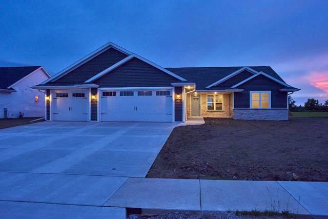 1253 Mountain Bay Drive, Pulaski, WI 54162 (#50204485) :: Symes Realty, LLC