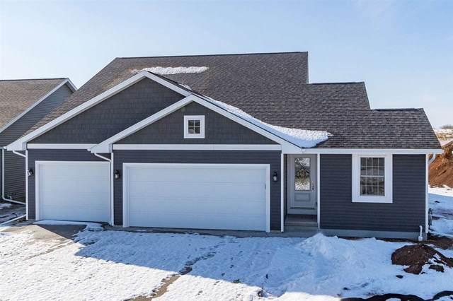 3955 Hemlock Court, Oshkosh, WI 54904 (#50205933) :: Todd Wiese Homeselling System, Inc.