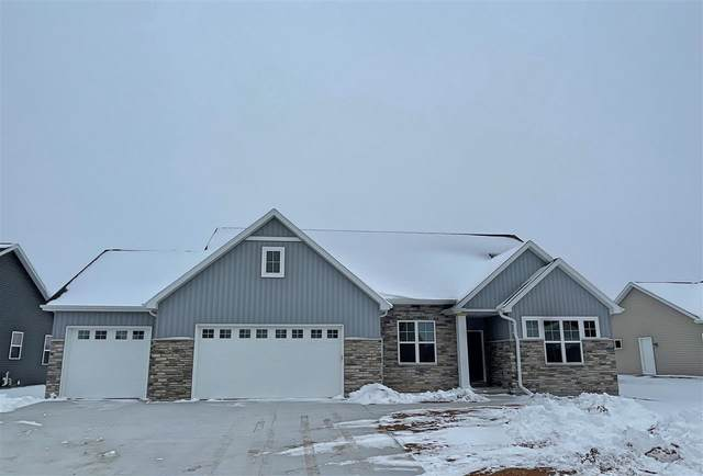 2024 Big Bend Drive, Neenah, WI 54956 (#50221442) :: Town & Country Real Estate